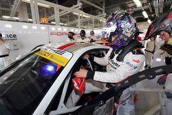 #33 Excellence Porsche Team KTR, Porsche 911 GT3-R: Yuya Sakamoto