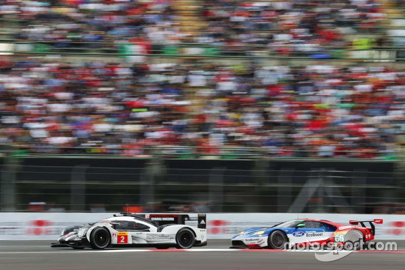 #2 Porsche Team Porsche 919 Hybrid: Romain Dumas, Neel Jani, Marc Lieb; #66 Ford Chip Ganassi Racing Team UK Ford GT: Olivier Pla, Stefan Mücke