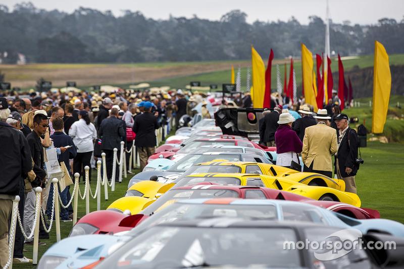 Eine Reihe von Ford GT40