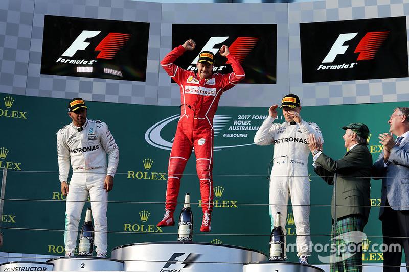 Podio: Vettel, Ferrari, Lewis Hamilton, Mercedes AMG F1, Valtteri Bottas, Mercedes AMG F1