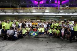 L'équipe Williams dit au revoir à Felipe Massa, Williams, après sa dernière course en Formule 1