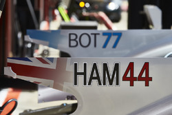 New driver ID graphics on the cars of Lewis Hamilton, Mercedes AMG F1 W08, Valtteri Bottas, Mercedes AMG F1 W08