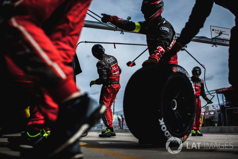 Член команди Audi Sport Team Rosberg