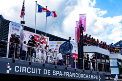 1. #25 Audi Sport Team Sainteloc Racing Audi R8 LMS: Markus Winkelhock, Christopher Haase, Jules Gou