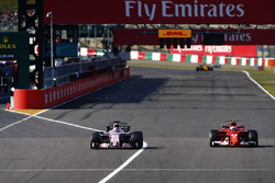 Кімі Райкконен, Ferrari SF70H, Серхіо Перес, Sahara Force India F1 VJM10