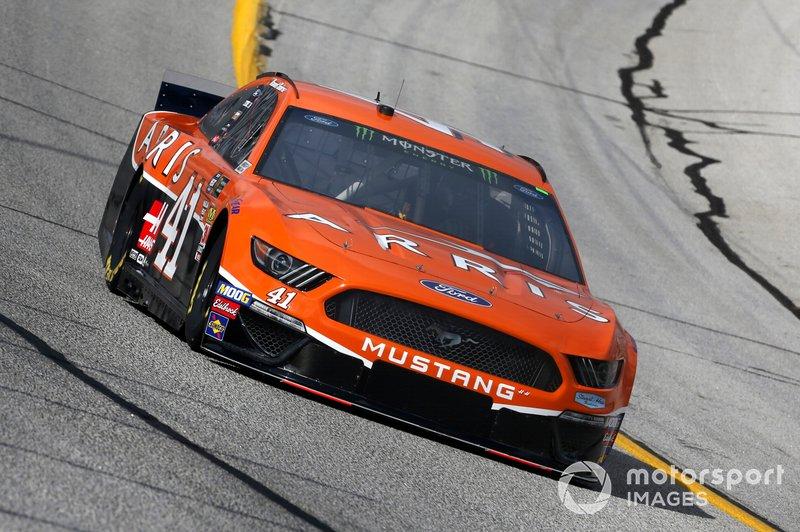 5. Daniel Suarez, Stewart-Haas Racing, Ford Mustang Arris