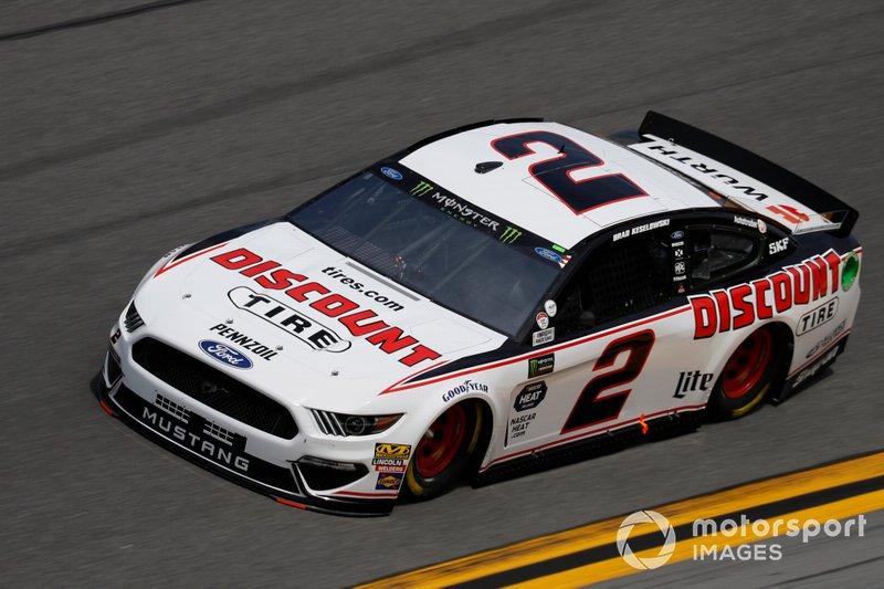 35. Brad Keselowski, Team Penske, Ford Mustang Discount Tire