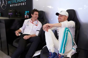 Toto Wolff, Executive Director (Business), Mercedes AMG, and Valtteri Bottas, Mercedes AMG F1