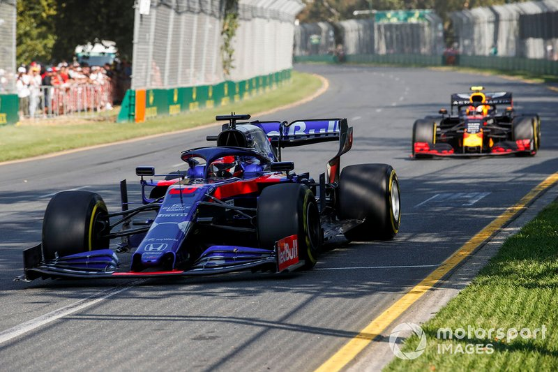Daniil Kvyat, Toro Rosso STR14, Pierre Gasly, Red Bull Racing RB15