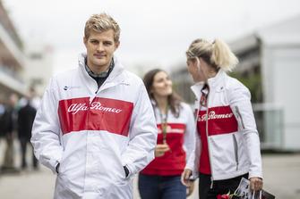 Marcus Ericsson, Sauber C37 and Katharina Zeilinger, Sauber