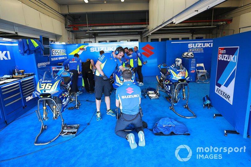 El garaje del Team Suzuki MotoGP