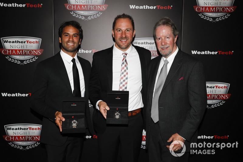 IMSA (Prototipos): Eric Curran (en el centro) y Felipe Nasr (a la izquierda)
