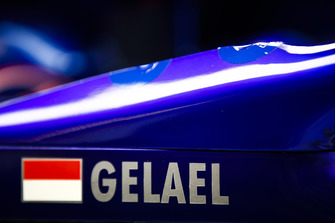 The name of Sean Gelael, Toro Rosso STR12, on the car