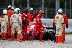 Crash: Kimi Räikkönen, Ferrari SF70H