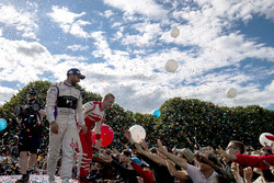 Jose Maria Lopez, DS Virgin Racing, e Felix Rosenqvist, Mahindra Racing, sul podio
