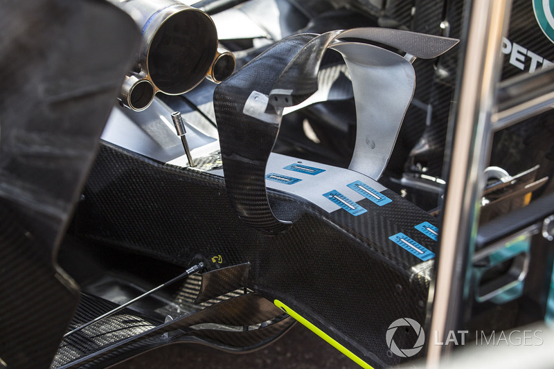 Mercedes-Benz F1 W08 Hybrid rear wing detail