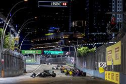 Valtteri Bottas, Mercedes AMG F1 W08, Carlos Sainz Jr., Scuderia Toro Rosso STR12, Nico Hulkenberg, Renault Sport F1 Team RS17., Sergio Perez, Sahara Force India F1 VJM10, Jolyon Palmer, Renault Sport F1 Team RS17. Lance Stroll, Williams FW40, Stoffel Vandoorne, McLaren MCL32