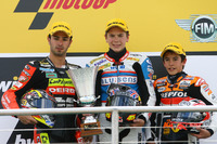 Podio: segundo lugar Mike Di Meglio, ganador de la carrera Scott Redding, tercer lugar Marc Márquez