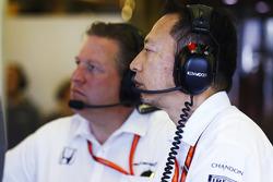 Yusuke Hasegawa, Senior Managing Officer, Honda, Zak Brown, Executive Director, McLaren Technology Group