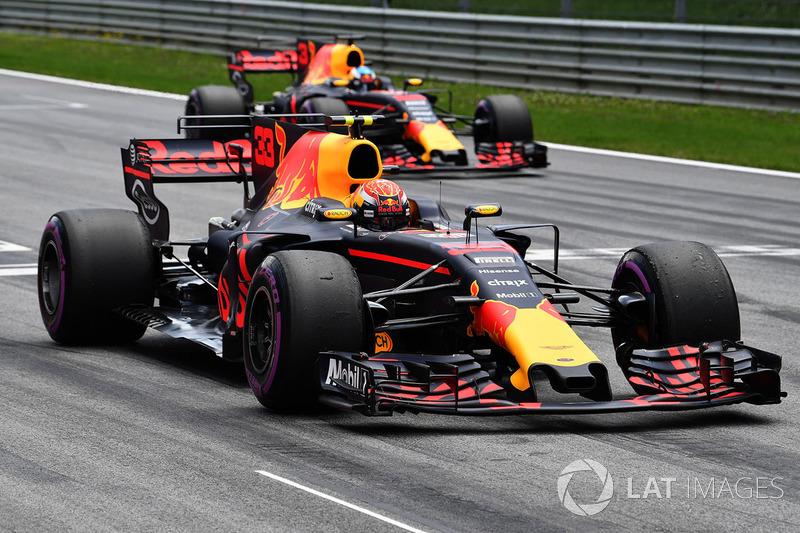 Max Verstappen, Red Bull Racing RB13 practice start