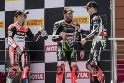 Podium: race winner Jonathan Rea, Kawasaki Racing, second place Marco Melandri, Ducati Team, third place Tom Sykes, Kawasaki Racing