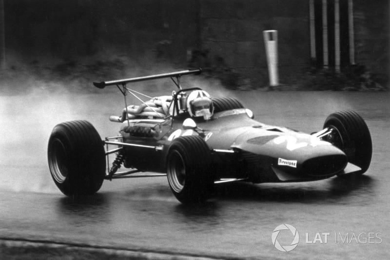 18. Chris Amon (96 Grandes Premios)