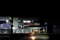 Gece yarış mücadelesi