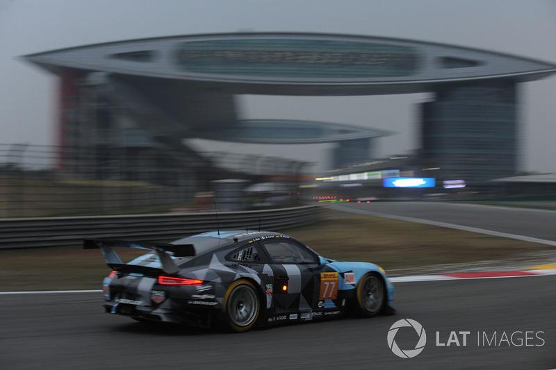 2. GTE-Am: #77 Dempsey-Proton Racing, Porsche 911 RSR
