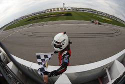 Yarış galibi Christopher Bell, Joe Gibbs Racing Toyota