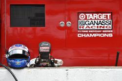 Шолом і захист шиї HANS Скотта Діксона, Chip Ganassi Racing Chevrolet