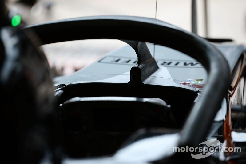 Sahara Force India F1 VJM09 Halo kokpit ile