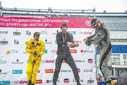Илья Федоров, Дамир Идиятулин и Максим Седых на подиуме