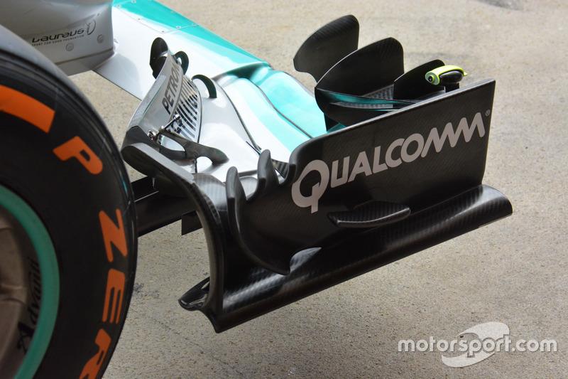 Mercedes AMG F1 Team W07, la nuova ala anteriore