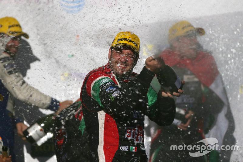 Podium LMP2: Ricardo Gonzalez #43 RGR Sport by Morand Oreca 05 - Nissan
