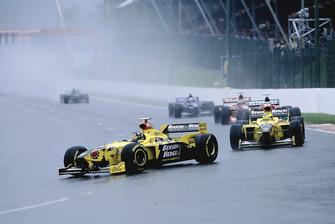 Damon Hill, Jordan 198 y Ralf Schumacher, Jordan 198