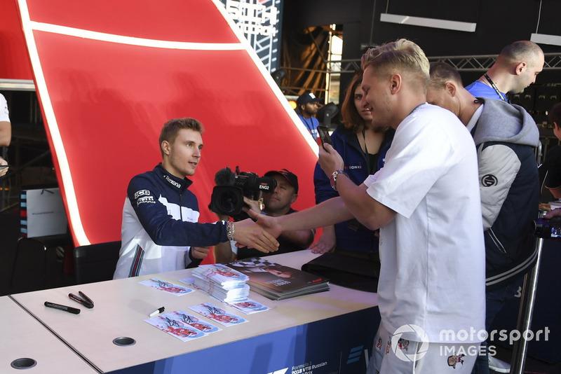 Az Orosz Nagydíj rajongói Szocsiból - F1 2018
