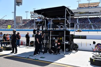 Crew: Spire Motorsports