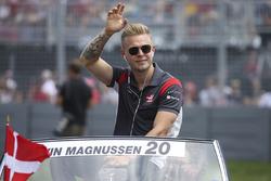 Kevin Magnussen, Haas F1 Team, pilotlar geçit töreni