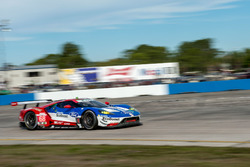 #68 Ford Performance Chip Ganassi Racing. Ford GT: Stefan Mücke, Olivier Pla, Billy Johnson