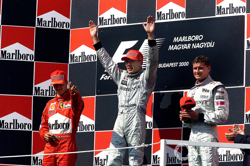 2000: 1. Mika Häkkinen, 2. Michael Schumacher, 3. David Coulthard