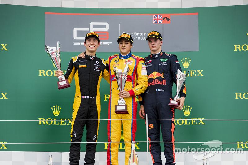 Podio: ganador de la carrera Giuliano Alesi, Trident, segundo lugar Jack Aitken, ART GP y tercer lugar Niko Kari, Arden internacional
