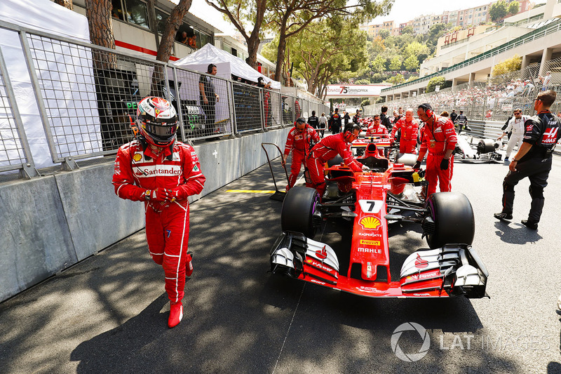 Кімі Райкконен, Ferrari SF70H, на поулі