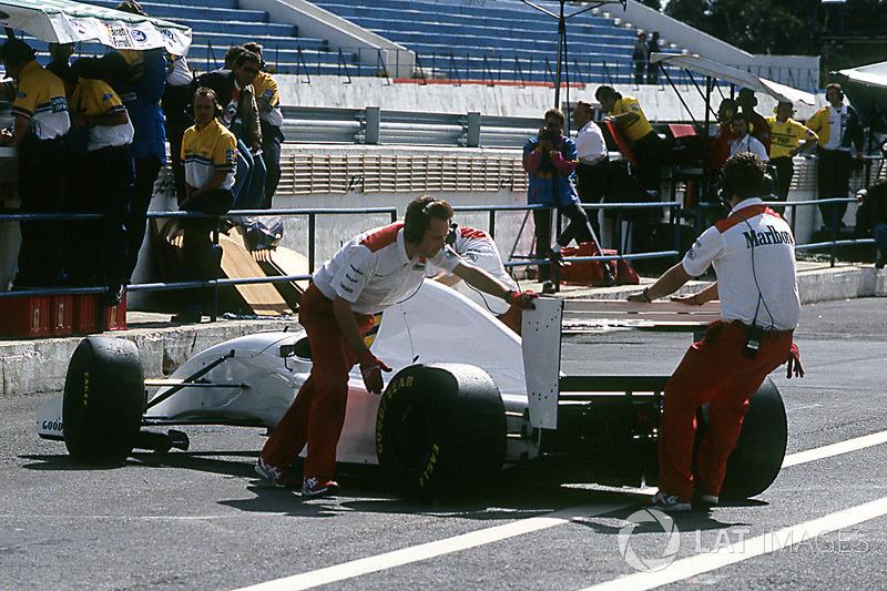 Ayrton Senna im McLaren MP4/8 mit Lamborghini-V12