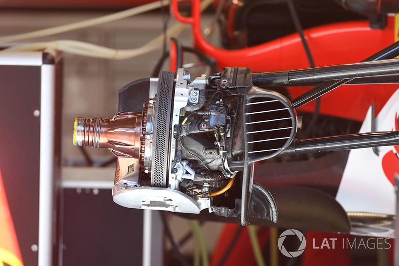 Ferrari SF70H ön tekerlek göbeği detayı