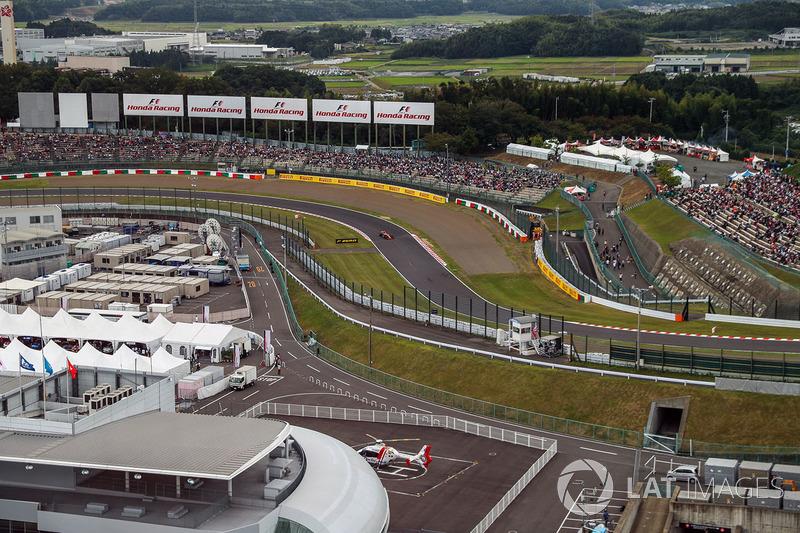 Fernando Alonso, McLaren MCL32 vista desde la rueda de la fortuna