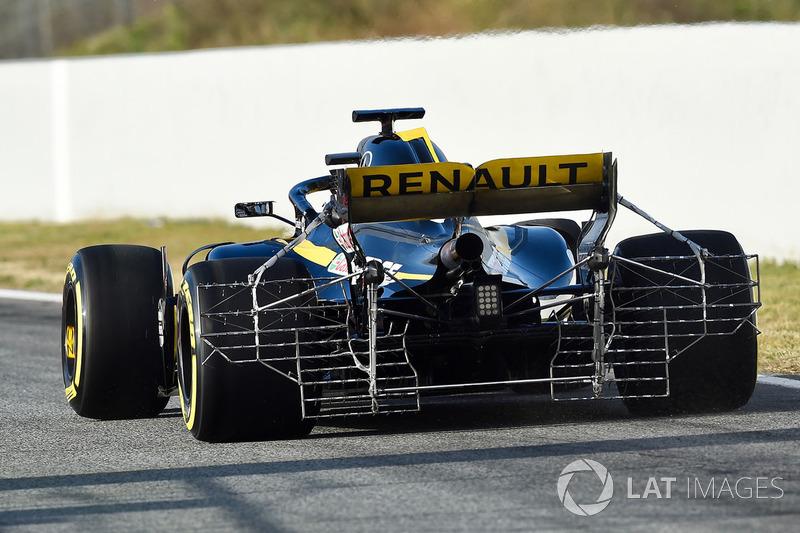 Nico Hulkenberg, Renault Sport F1 Team RS18 rear with aero sensor