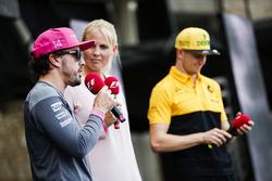 Fernando Alonso, McLaren, Nico Hulkenberg, Renault Sport F1 Team, on stage