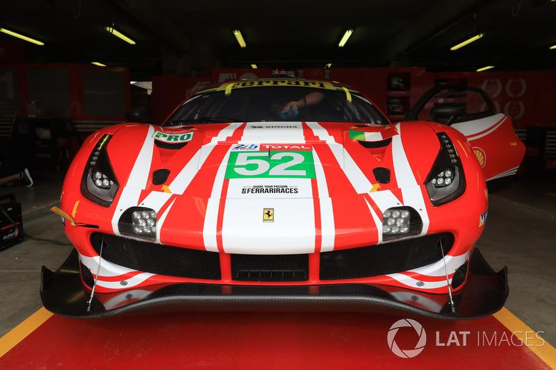 #52 AF Corse Ferrari 488 GTE EVO