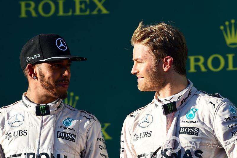 Podyum: Yarış galibi Nico Rosberg, Mercedes AMG F1, 2. Lewis Hamilton, Mercedes AMG F1