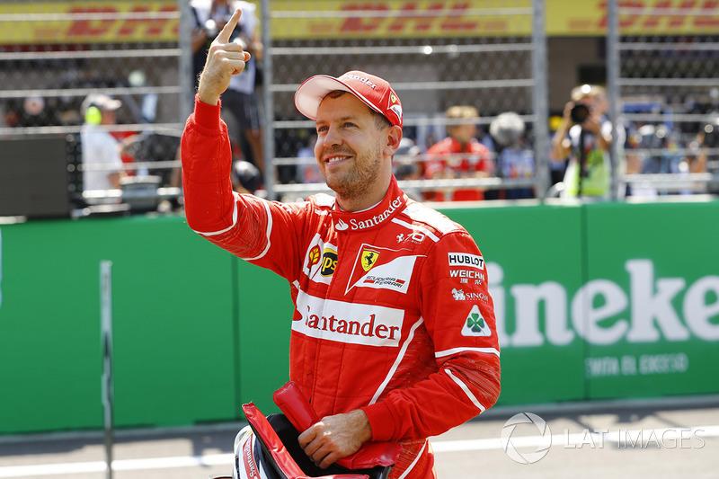 Sebastian Vettel, Ferrari, celebra la pole